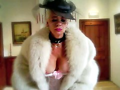 Cougar Milf in Nylons Garter Belts High Heel Pumps Furs Anal