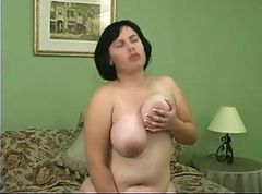 Hot Curvy Plump Jade Masturbating!!! HD