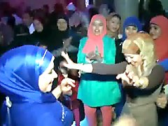 sexy hijabis dancing at arab wedding