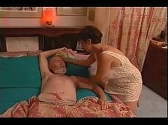 Amateur Mature Couple R20
