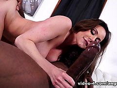 Kendra Lust in Kendra Lust Takes On Mandingo - ArchangelVideo
