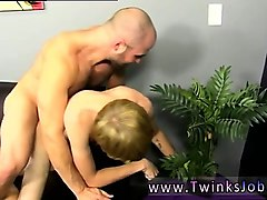 videos of twinks guys sucking small cock and bangkok lady me
