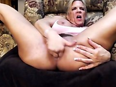 Musclemama squirt anal big clit big tits