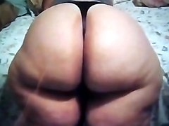 Her Sexy Hot Big Fat BootyFull BBW Ass is willing for da Party
