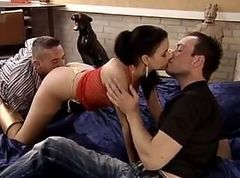 Leonie Saint Hot Threesome