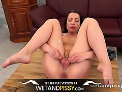 wetandpissy - tong pissing